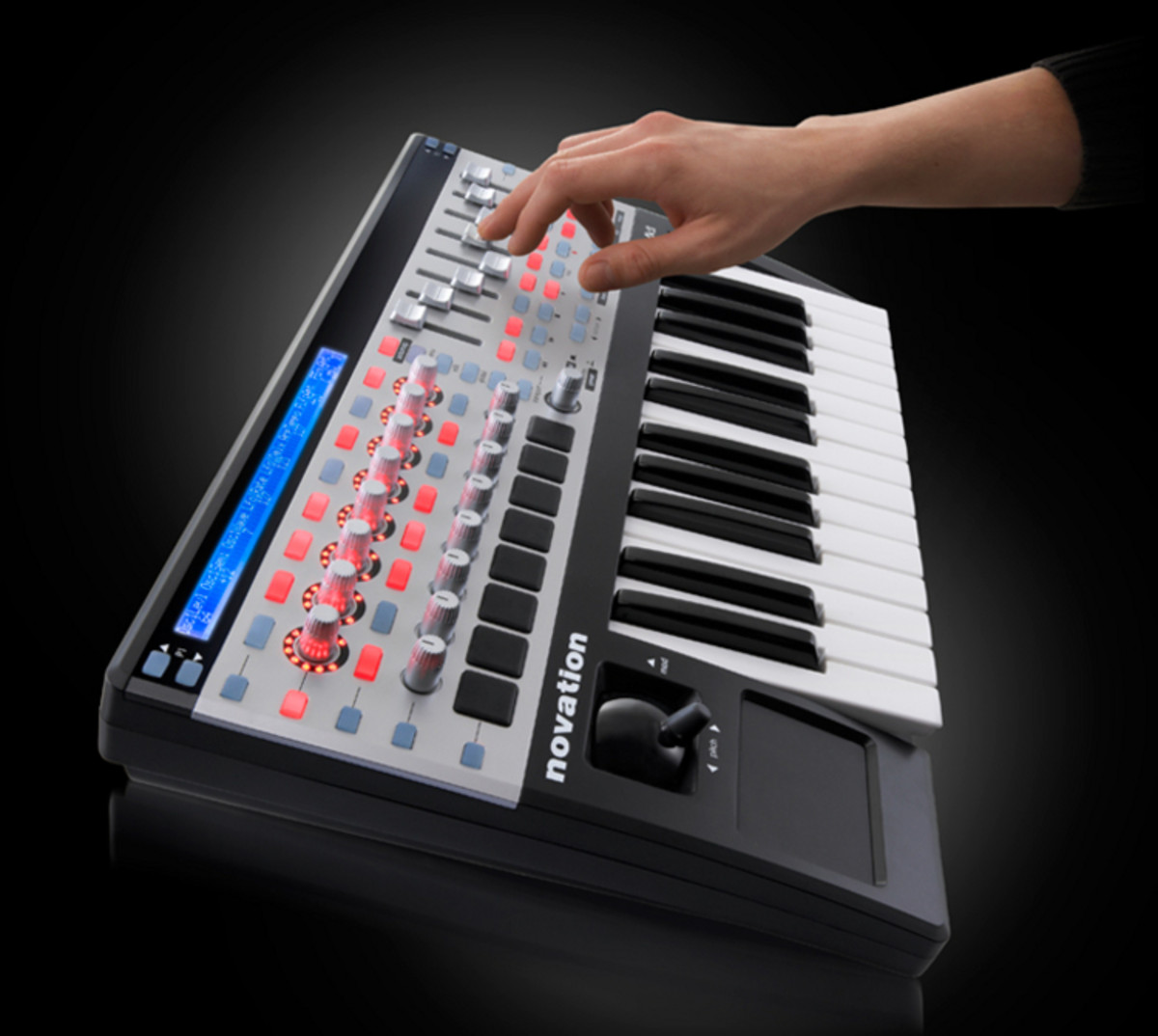 novation 25 sl mk2 usb midi controller keyboard at. Black Bedroom Furniture Sets. Home Design Ideas