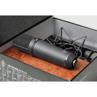Neumann U87 AI Studio Mic Set, Black with FREE Monster XLR Cables