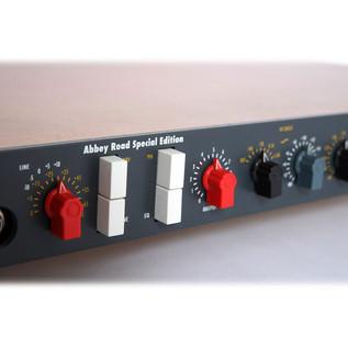 Chandler Limited TG Channel MK II - Mono EMI mic, line, DI pre-amp 3