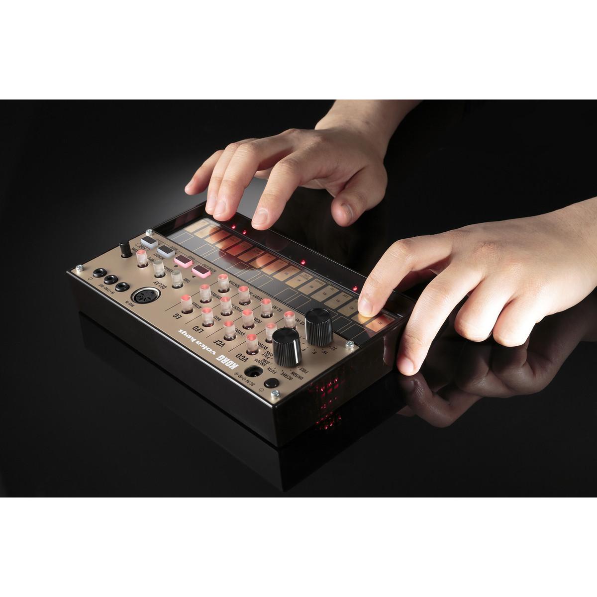 korg volca keys analog loop synth at. Black Bedroom Furniture Sets. Home Design Ideas