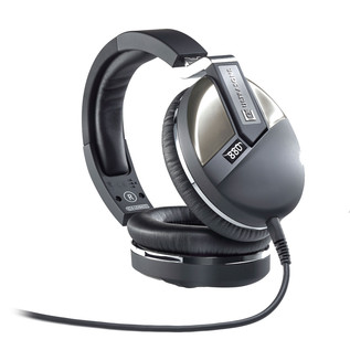 Ultrasone Performance 880 Headphones 4