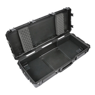 SKB Waterproof Case for 61-Key Keyboard with Wheelsq