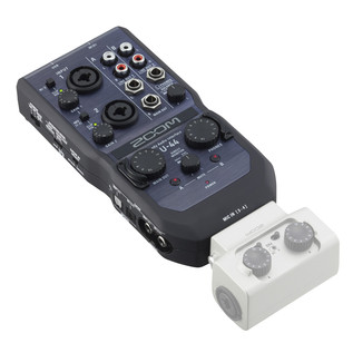 Zoom U44 USB Audio Interface (EXH6 Not Included)