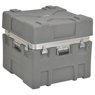 SKB Roto-X Series 2424-22 Shipping Case - Angled Closed