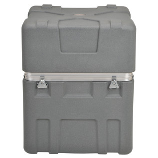 SKB Roto-X Series 32'' Deep Shipping Case (2624-32) - Front Closed