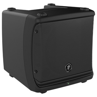 Mackie DLM8 Active PA Speaker (3/4 View)
