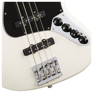 Fender Deluxe Jazz Bass Guitar, White