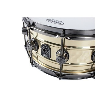 Natal Brass Centre Hammered 14x6.5 Snare Drum w/ Brushed Nickel HW