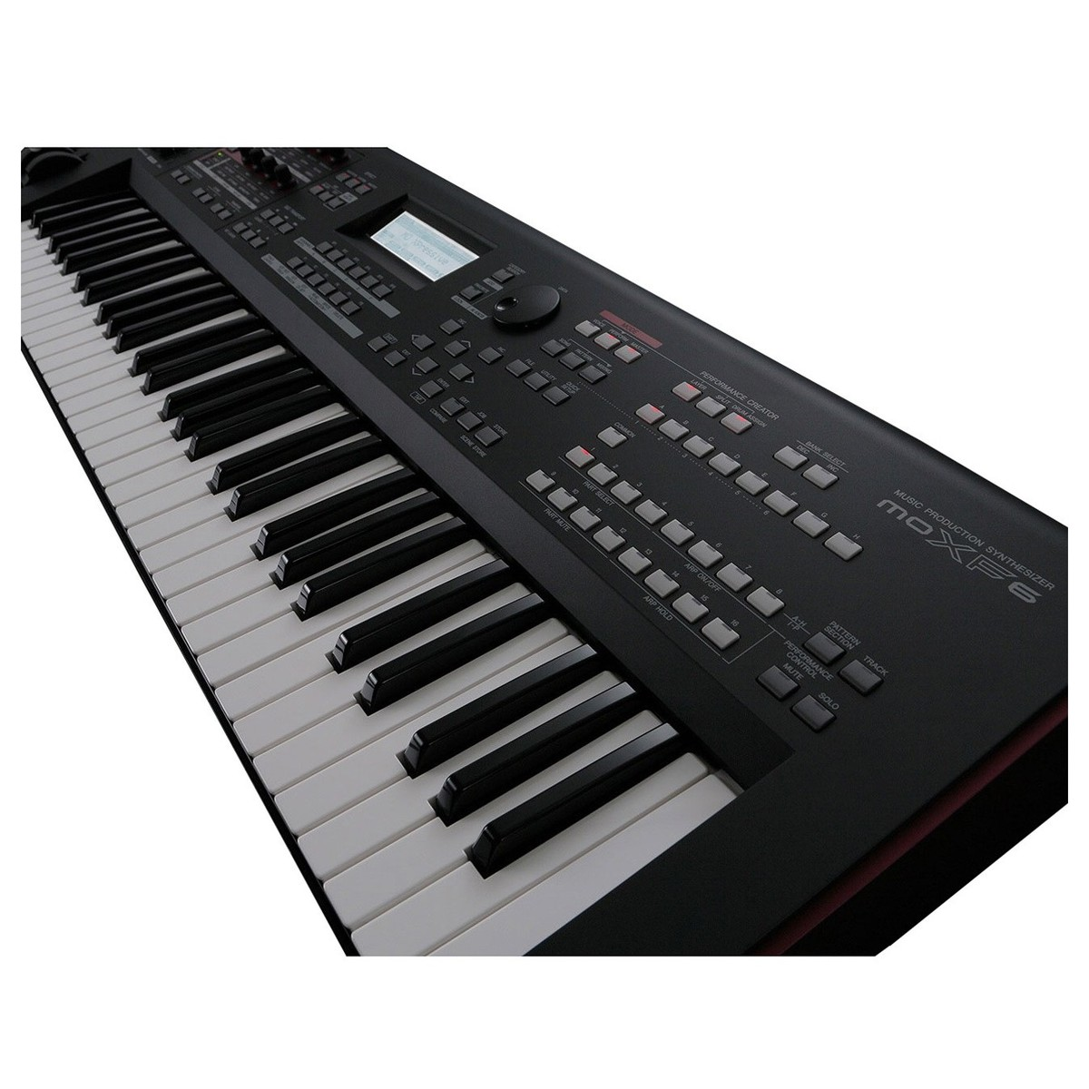 yamaha moxf6 synthesizer keyboard at