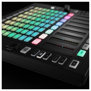 Native Instruments Maschine Jam - Lifestyle 1