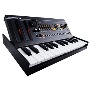 Roland Boutique VP-03 Module with K-25m Keyboard - Angled 2