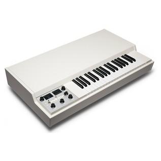Mellotron M4000D, White - Angled