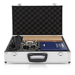 SubZero Tube Microphone Full Contents - Case