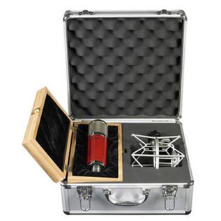 Avantone CK-7 Multi-Pattern FET Condenser Microphone in Case