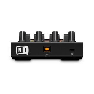 Native Instruments Traktor Kontrol F1 DJ Controller & Stand