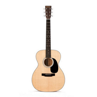 Martin 000-18 Standard Series Acoustic Guitar with FREE Strings 2