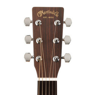Martin 000-18 Standard Series Acoustic Guitar with FREE Strings 4