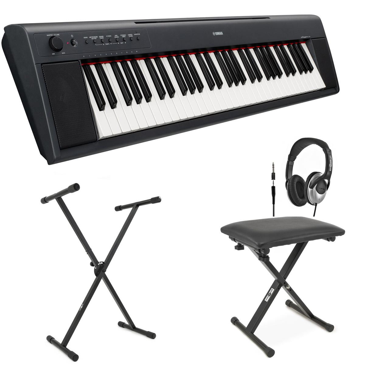 Yamaha np11 piaggero pianoforte digitale portatile nero for Yamaha np11 digital piano