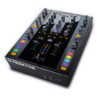 Native Instruments Traktor Kontrol Z2 DJ Mixer - Nearly New