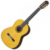 Yamaha GC32S Classical Guitar Spruce Top Natural